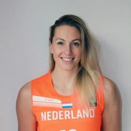 Natalie van den Adel