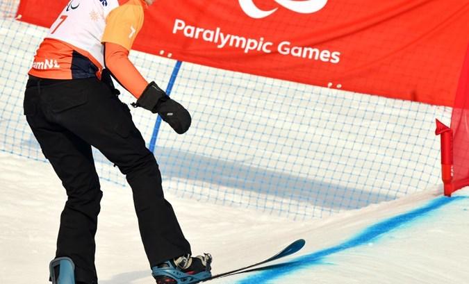 Renske van  Beek vierde bij debuut op Paralympische Spelen