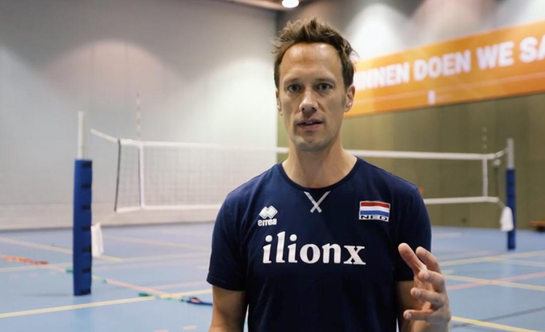 De bijzondere volleybal warming-up van Rett Larson