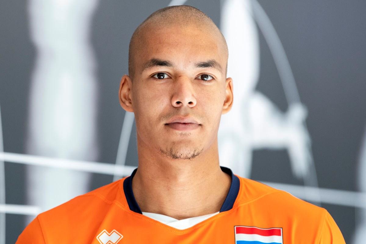 Nimir Abdelaziz: Wereldburger in Oranje