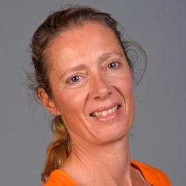 Esther van der Loos