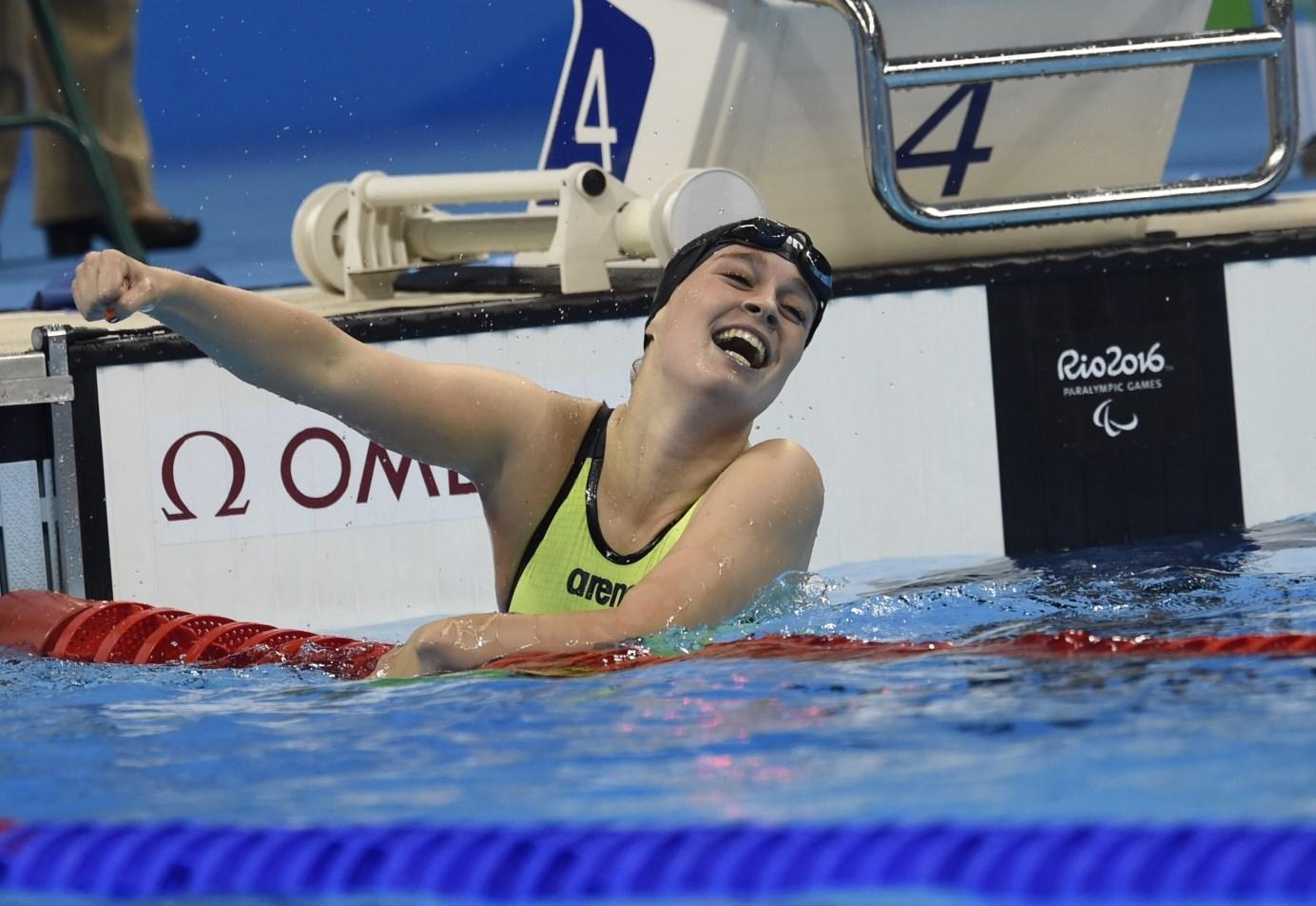 Medailleregen in zwembad: goud, twee zilver en drie brons